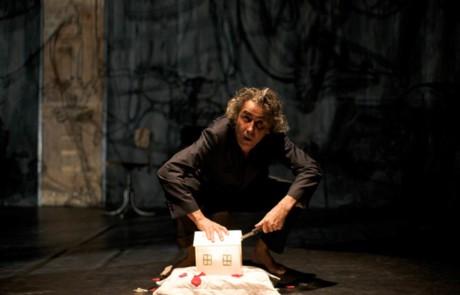 Velo Theatre : Et Il Me Mangea - Und Dann Frass Er Mich Auf