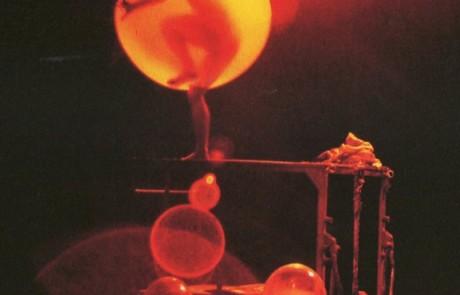 Puppentheater Magdeburg > Novecento, die Legende vom Ozeanpianisten