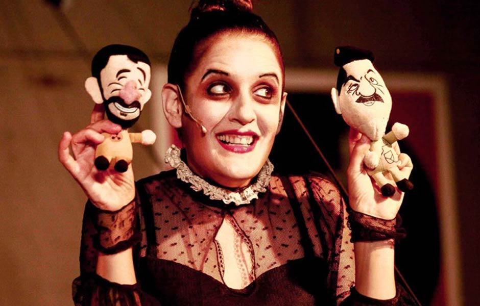 Svironi Fantasy Theatre (IL): Mein Kind – The Dictator's Mom